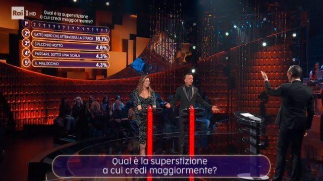 Ascolti Tv venerdì 29 novembre vince 20 anni che siamo italiani