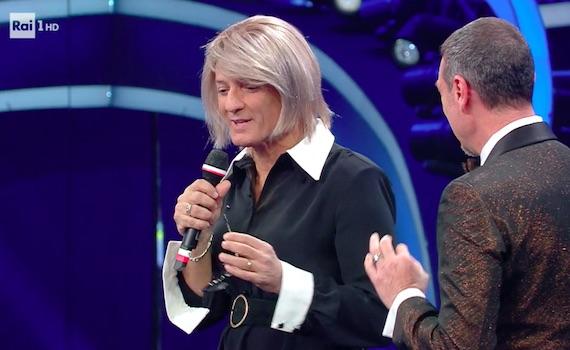 Voleè di Fiorello su Sanremo
