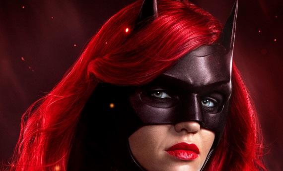 Batwoman su Premium Action: eroina lesbo e politicamente corretta