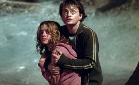 Ascolti Tv 23 marzo tutti i dati: Harry Potter (boom) a 4,4 milioni, La concessione del telefono 4,1, La vita è una cosa meravigliosa 2,6. Palombelli precede Strabioli e Mentana