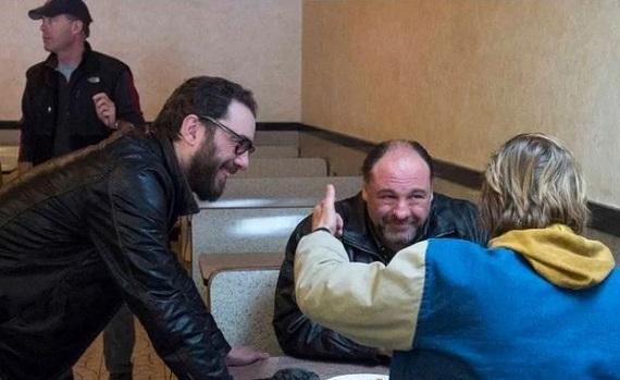 Ascolti tv 3 maggio digital e pay: vince Rai4 con l'ultimo film di James Gandolfini. SkyTg24 all'1,6% con la pandemia