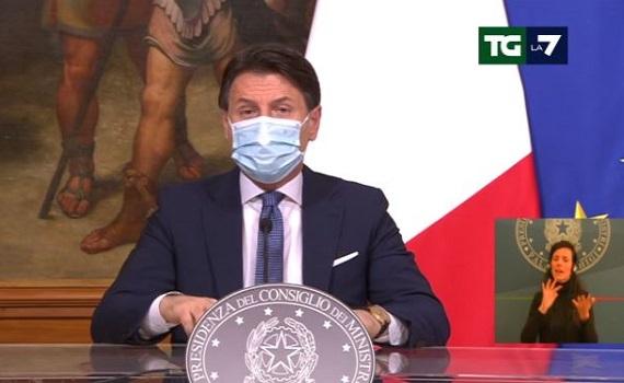 Giuseppe Conte chiede la pace tra Mediaset e Vivendi