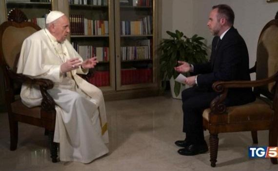 Ascolti Tv 10 gennaio analisi: Suor Angela e il Papa dividono i cattolici. Bergoglio batte Amadeus ma non la Ricci. Fazio rimpiange D'Urso