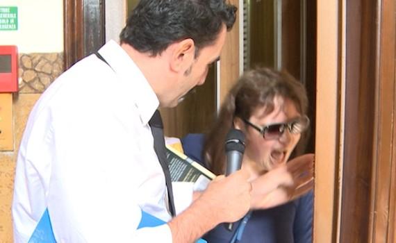 Appello di Aldo Grasso alle televisioni: basta agguati!