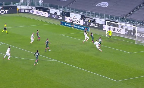 Ascolti tv 22 febbraio digital e pay: Ronaldo colpisce e Juve-Crotone fa il 4,6% su Sky. Stallone pugile su Nove batte Borghese su Tv8