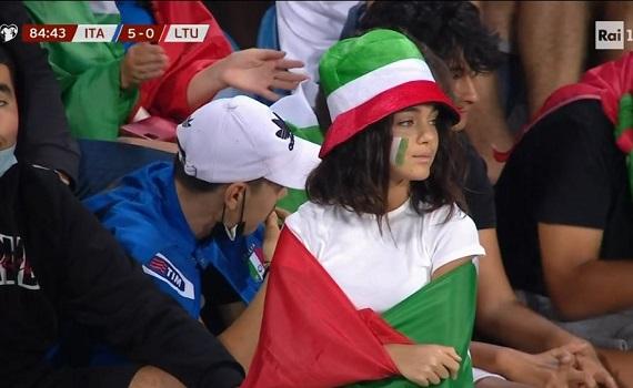 Ascolti Tv analisi 8 settembre 2021: terno Azzurro su Rai1. Sciarelli pareggia con Clooney, Italia1 sprinta su Rai2, Brindisi non cattura lo zapping del calcio